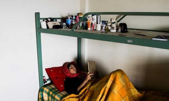 تصاویر متفاوت از خوابگاه دختران از نگاه یک عکاس مرد!