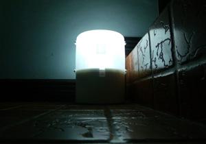 ساخت لامپ LED با استفاده از آب دریا + تصاویر