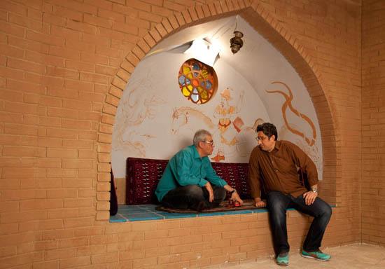 گفتگوی دست به نقد ما با مرد طناز «خنده بازار» و «شكرآباد» / دنبال نقد سياست و مردان سياسی نيستيم