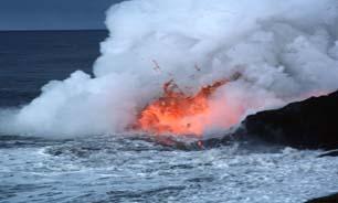 استفاده از هواپیماهای بدون سرنشین اینبار برای رصد آتشفشانهای زیر آبی + تصاویر