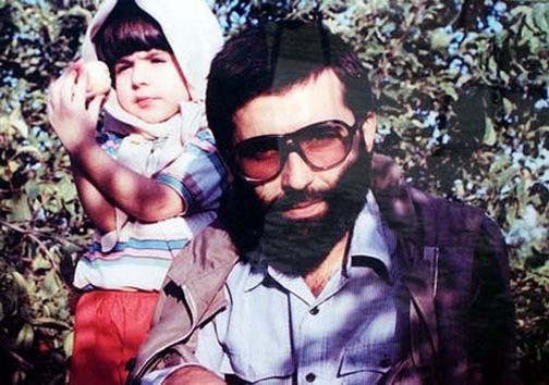 شهید آوینی و دختــــــرش +عکس