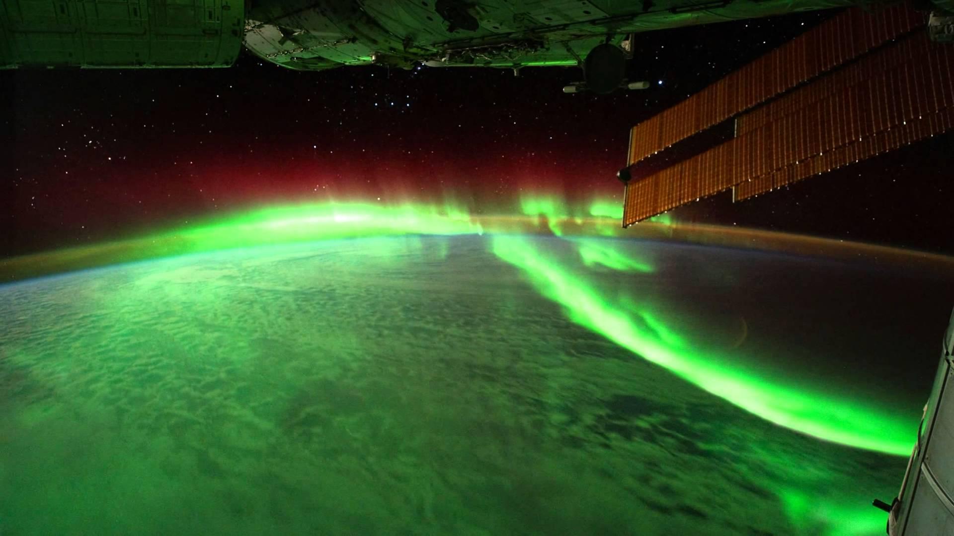 ثبت دنباله ای شفق قطبی به روایت تصویر