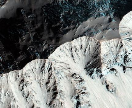 تصاویری دیدنی از سطح کره مریخ