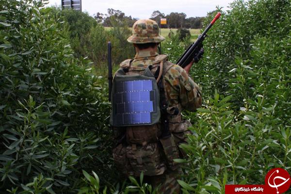 باطری خورشیدی در لباس سربازان +تصاویر