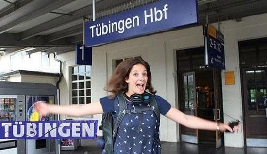 زندگی یک دختر 23 ساله در قطار +تصاویر