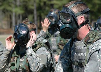 انجام عملیات مقابله با تک شیمیایی و میکروبی در منطقه عمومی رزمایش