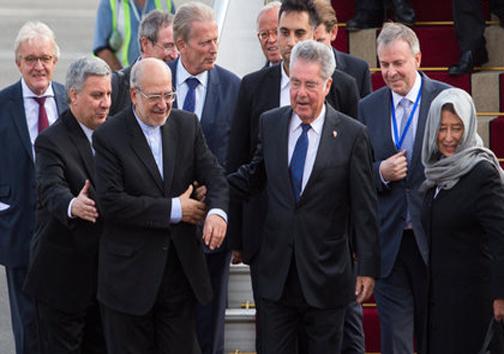 عکس/ حجاب همسر رئیس جمهور اتریش در مهرآباد