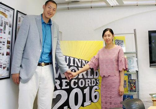 با بلندترین زوج دنیا آشنا شوید
