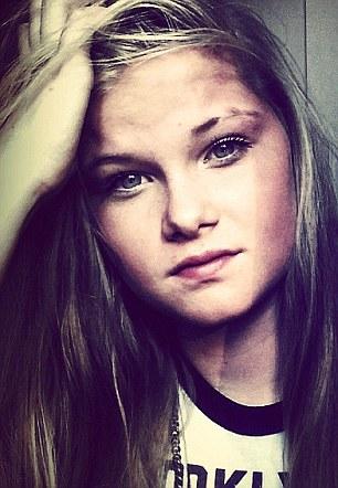 دختر دیوانه مادرش را به شیوه داعش کشت! + عکس