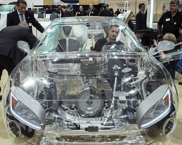 ساخت خودرو شیشه ای توسط شرکت لکسوز+عکس