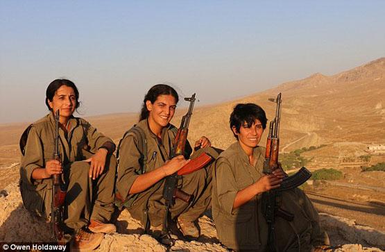 سه بانوی ایزدی فرشتگان مرگ داعش شدند+ تصاویر