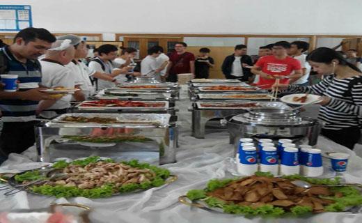 غذای رایگان در دانشگاه+عکس