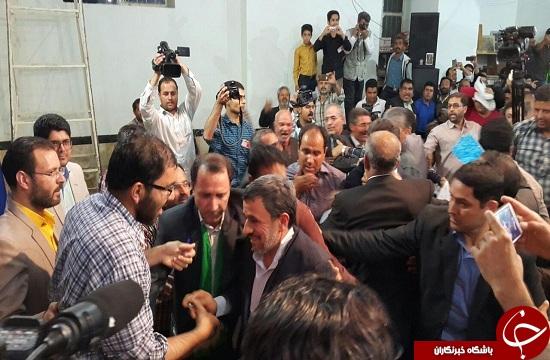 احمدی نژاد: شرط ظهور امام زمان (عج) انتخاب مردم است/ همه ی وجودم صرف مردم خراسان جنوبی