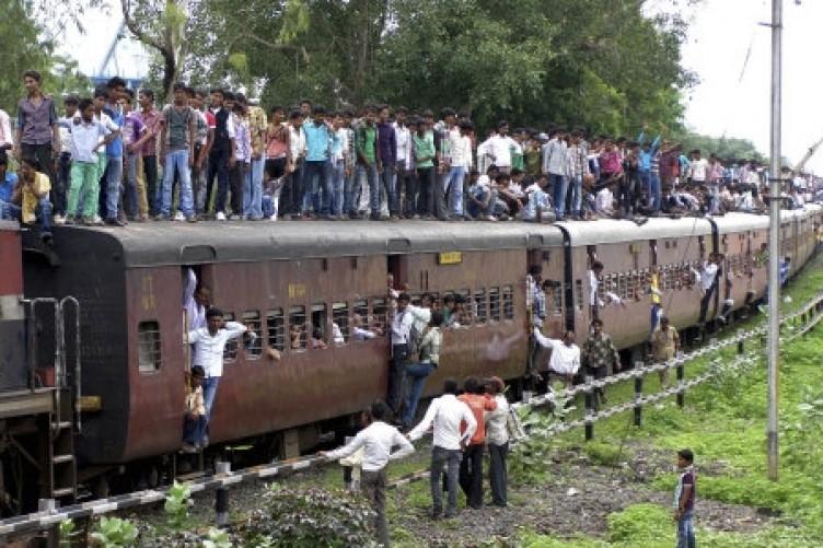 قطارهای مرگ در هند+تصاویر