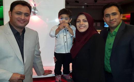 تصویر/ مجری زن تلویزیون و همسرش در کنار نابغه ایران که دنیا را شگفت زده کرد