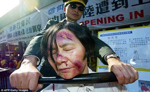 اعضای بدن زندانیان در چین زنده زنده  خارج وبه سرقت می رود+ تصاویر