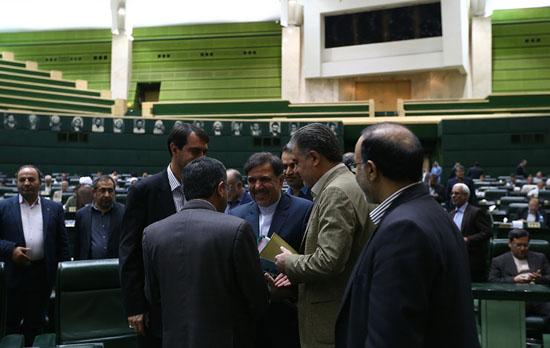 ثروتی: استیضاح آخوندی سیاسی نیست/ رسایی: آقای آخوندی! کیست که نداند سیاسیترین وزیر کابینه شما هستید؟