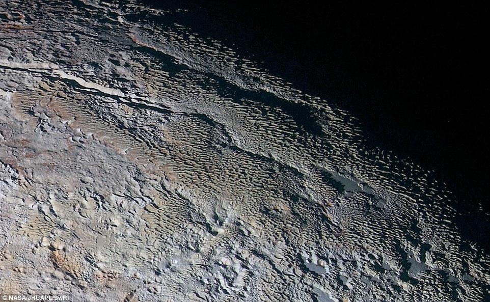 تصاویری وهم انگیز از شباهت ترسناک سطح این سیاره با کره زمین