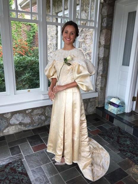 لباس عروسی که ۱۱ نسل آن را پوشیدند
