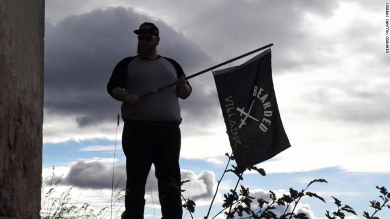 بازداشت گروهی در سوئد به دلیل تشابه ظاهری با داعشیها+تصاویر