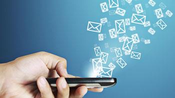 چگونه پیامک به روز رسانی، عکسهای گوشی شما را سرقت میکند؟