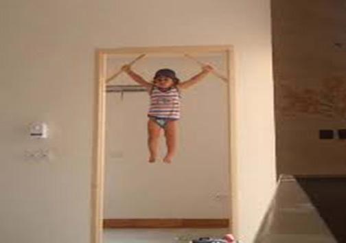 کودک دوساله، ابرقهرمانی باقدرت باورنکردنی + تصاویر