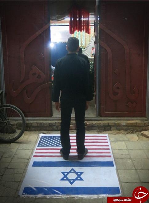 پرچم آمریکا و اسرائیل در هیئت عزاداری اهواز! + عکس