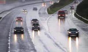 بارش باران در ده استان کشور و ترافیک نیمه سنگین در جادهها