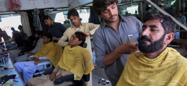 داعشی ها ریش خود را زدند! + عکس