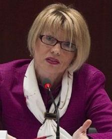 هلگا اشمید: برای موفقیت توافق هستهای باید بر روی اجرا متمرکز شویم
