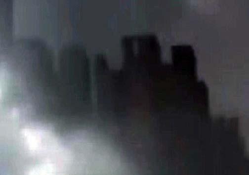 وحشت مردم از رؤیت سایه یک شهر فضایی + تصاویر