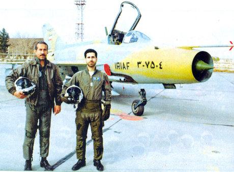 خلبانی که «گرگ آسمان» لقب گرفت +تصاویر
