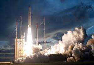 دعوا بر سر ساخت اولین فضاپیمای توریستی + تصاویر