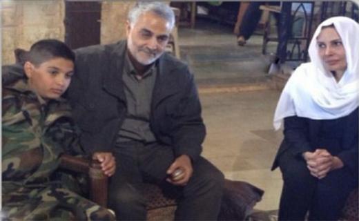 ترور همسر پسر عموی بشار اسد + تصاویر / دیدار سردار سلیمانی از خانواده وی