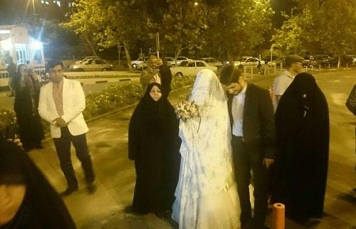 امشب مقابل مجلس چه خبر است/ پیوستن یک عروس و داماد به گردهمایی اعتراضآمیز + فیلم و تصاویر