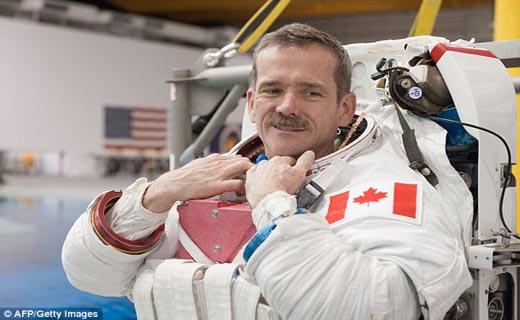 ترسناکترین خاطرات فضانوردان مشهور + تصاویر