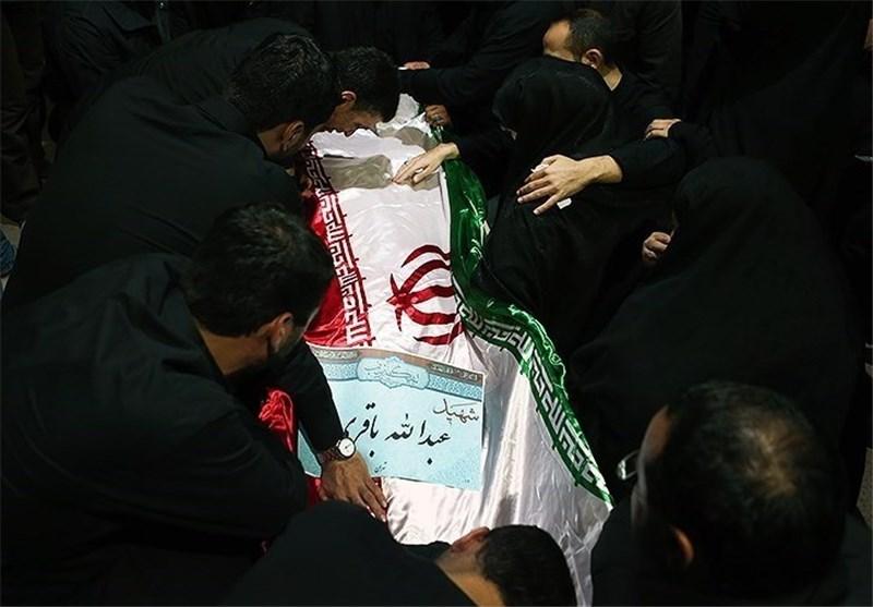 اشکهای احمدی نژاد در فراق یار دیرین/ چه کسی خبر شهادت را به خانواده داد؟