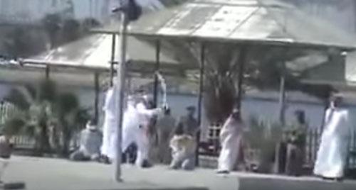 انتشار فیلم مراسم گردن زنی در عربستان (تصاویر و 18+)