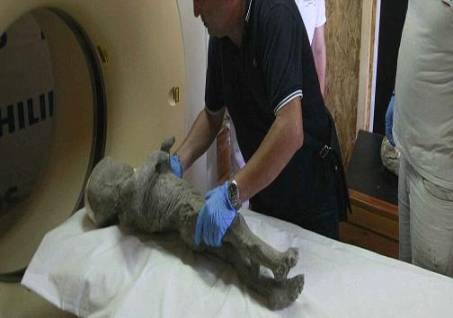 سیتیاسکن مومیاییِ قربانیان شهر تاریخی پُمپی