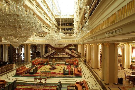 هتلی که ملک سلمان در آنتالیا کرایه کرد+ تصاویر
