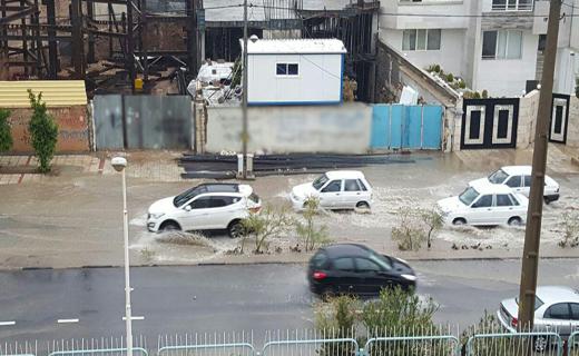 جولان سیل در خیابان های شیراز+ تصاویر