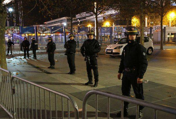 انفجارهای مرگبار، تیراندازی و گروگانگیری در پاریس/ 60 نفر کشته شدند/ واکنش داعش چه بود؟ + تصاویر
