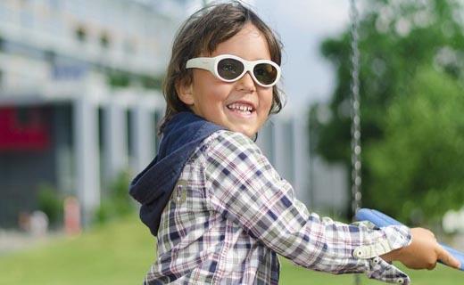 عينک الکترونيکی برای درمان تنبلی چشم کودکان + تصاوير