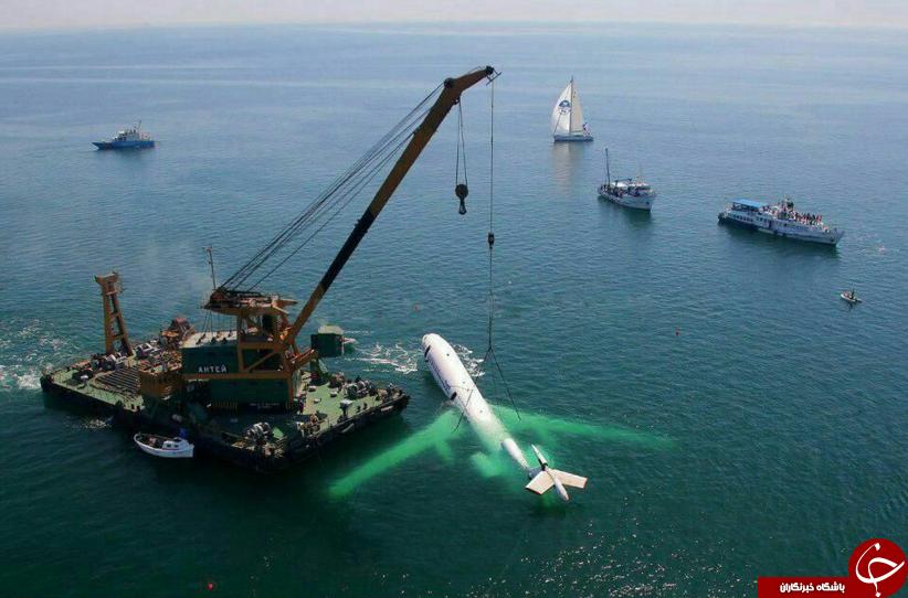 بیرون کشیدن هواپیمای غرق شده + تصاویر