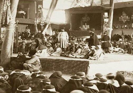 عکسی از یک مجلس تعریه خوانی در دورهی قاجار