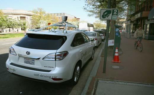 حرکت لاک پشتی خودروی گوگل همه را کلافه کرد + تصاویر