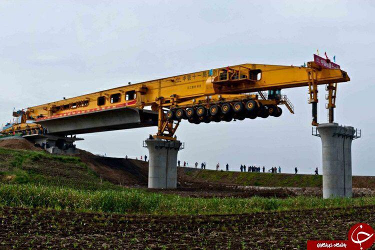ساخت وساز باماشین  580تنی درکشور چین