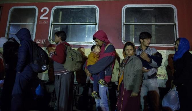 سرمای زمستانی، بلای جان پناهجویان جنگ زده+ تصاویر
