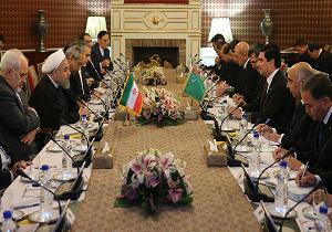 تاکید روحانی بر تنظیم سند همکاریهای بلند مدت میان ایران و ترکمنستان