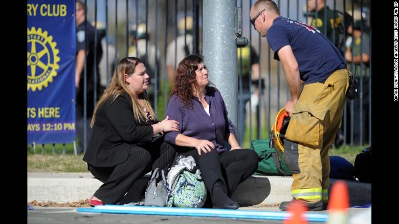 14 کشته در تیراندازی کالیفرنیا / کشف هویت یکی از عاملان+ تصاویر